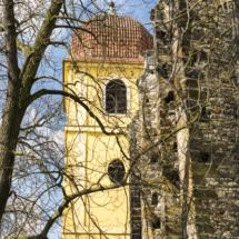 Věž se zvonicí