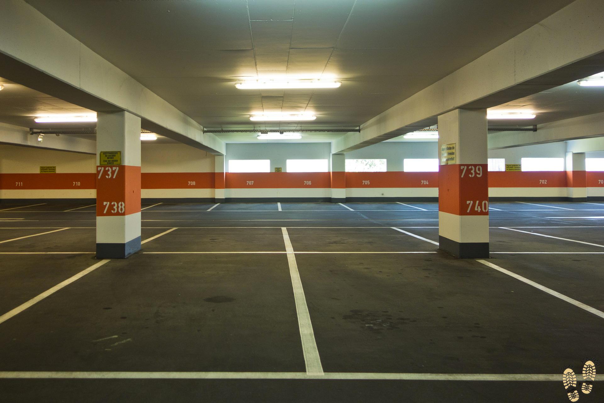 parkovani-na-letisti