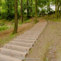 Nové dřevěné schody