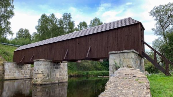 Lenorské rechle – krytý dřevěný most