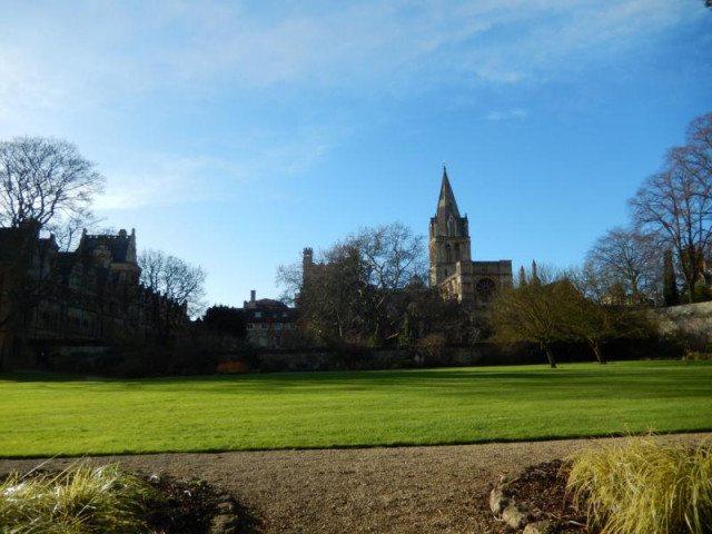 Oxford v Anglii